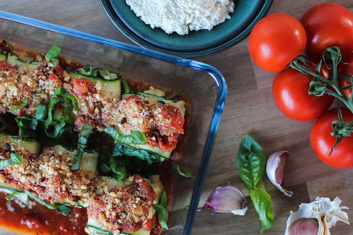 zucchini roll ups with vegan ricotta cheese